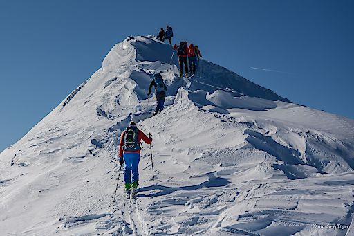 Menschen sicher die Schönheit des alpinen Raumes zu zeigen, ist seit je her die Aufgabe der Naturfreunde Österreich.