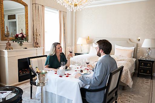 Die 152 Suiten und Zimmer im Hotel Sacher Wien werden zu exklusiven Sacher Séparées
