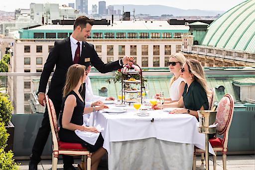 Im Sacher Séparée können Gäste etwa über den Dächern Wiens ganz privat genießen