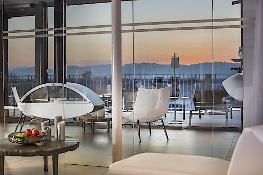 Im neuen, zu Silvester eröffneten Sky-Relax-Bereich im Dachgeschoss des boutiquestyle Hotel Hirschen Dornbirn kann man den perfekten Rückzugsort zwischen Stadt und umliegender Natur genießen.