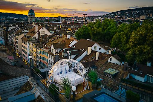 Roof Top Bubble Suite im Widder Hotel in der Zürcher Innenstadt