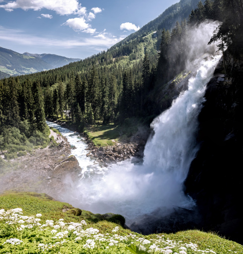 APA-Comm analysierte die Beliebtheit heimischer Wasserfälle auf der Social-Media-Plattform Instagram – Die Krimmler Wasserfälle sind der Instagram-Star unter Österreichs Wasserfällen.