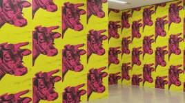 Bild zu mumok: ANDY WARHOL EXHIBITS a glittering alternative