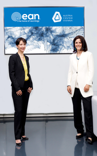 Anja Sander,Executive Director der European Academy of Neurology (EAN), und Susanne Baumann-Söllner, Direktorin Austria Center Vienna
