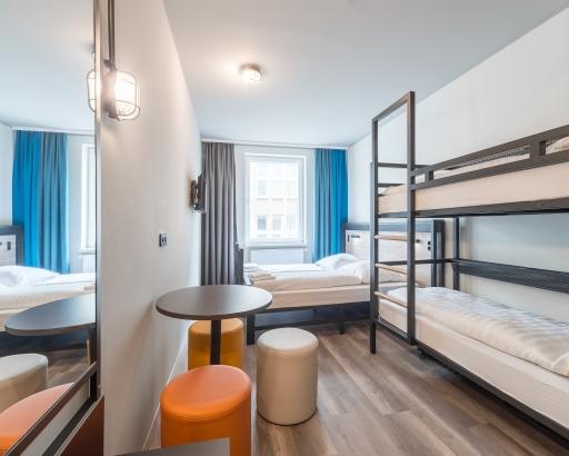 Familienzimmer in einem a&o Hostel - Hier könnte der Golden Key versteckt sein