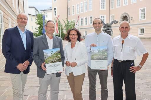 Feierliche Preisverleihung im Salzburger Chiemseehof